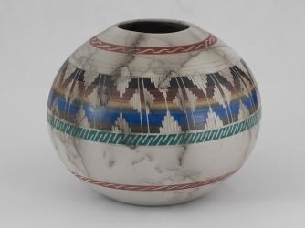 Navajo Vase by Agnes Woods 6 1/4 x 5 1/2