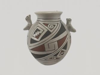Mata Ortiz Decorated Pot by Manual Olivas