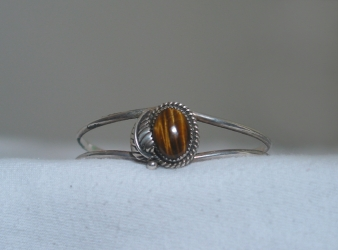 Navajo Sterling Silver & Tiger Eye Bracelet