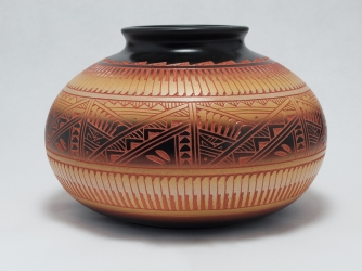 Diane Aragon (Laguna Pueblo) Bowl