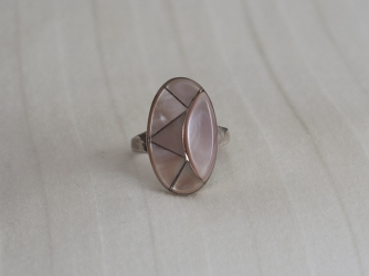Pink Muscle Shell Large Ring